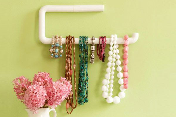 DIY PVC Decorative Necklace Holder - Mommy Scene