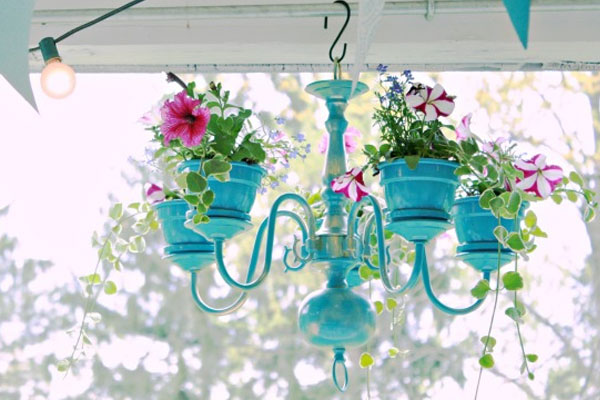 DIY spray paint chandelier planter