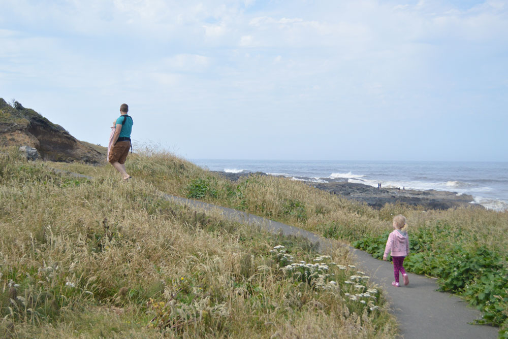 Oregon coast family hike - Mommy Scene