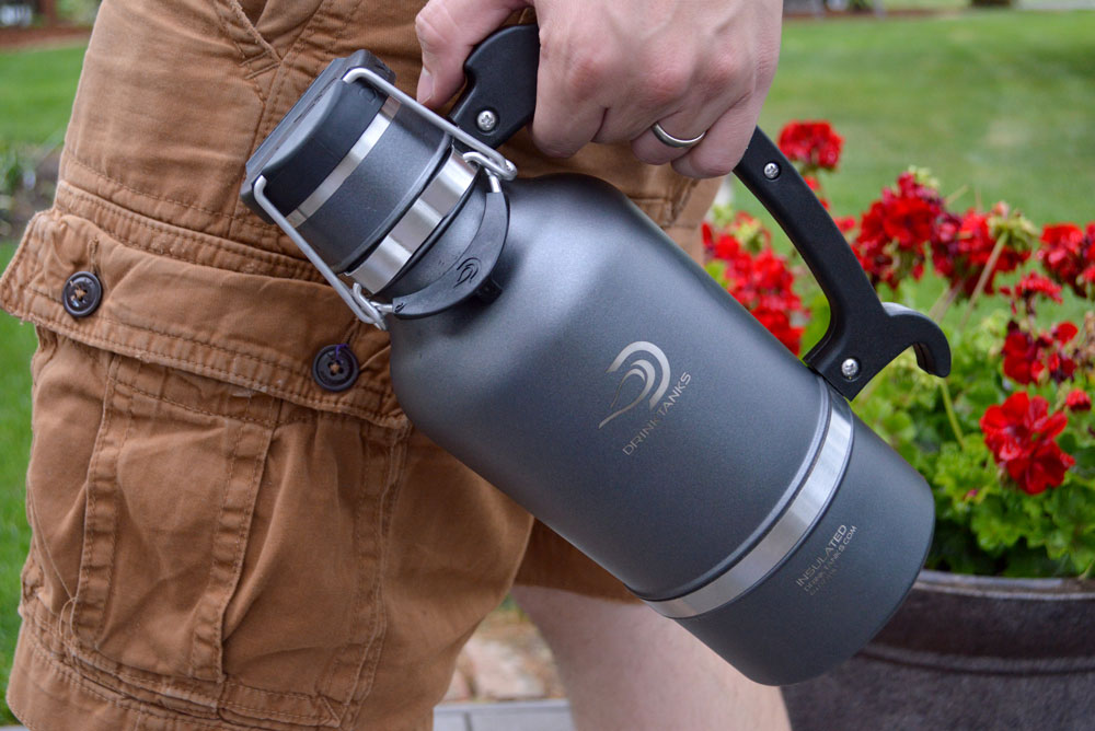 DrinkTanks Personal Growler keeps beer fresh and cold - Mommy Scene review