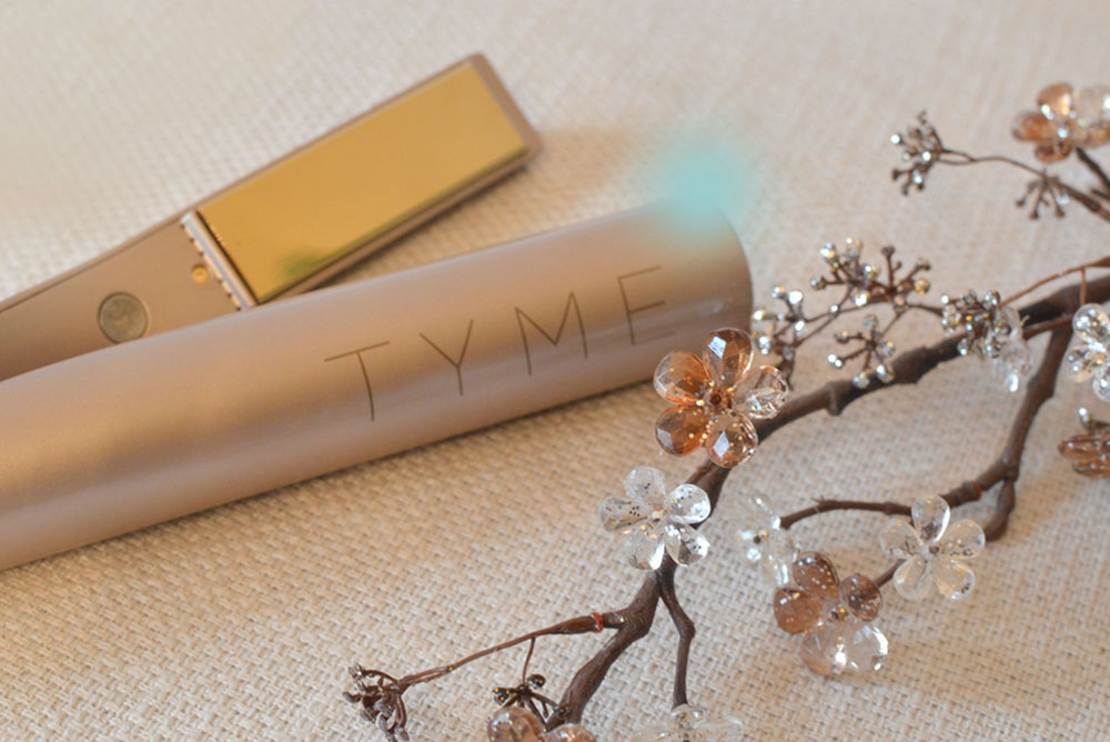Tyme Iron easily curls and straightens your hair - Mommy Scene