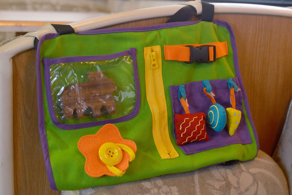Star Kids Products interactive Play n Go with tactile activities for babies - Mommy Scene