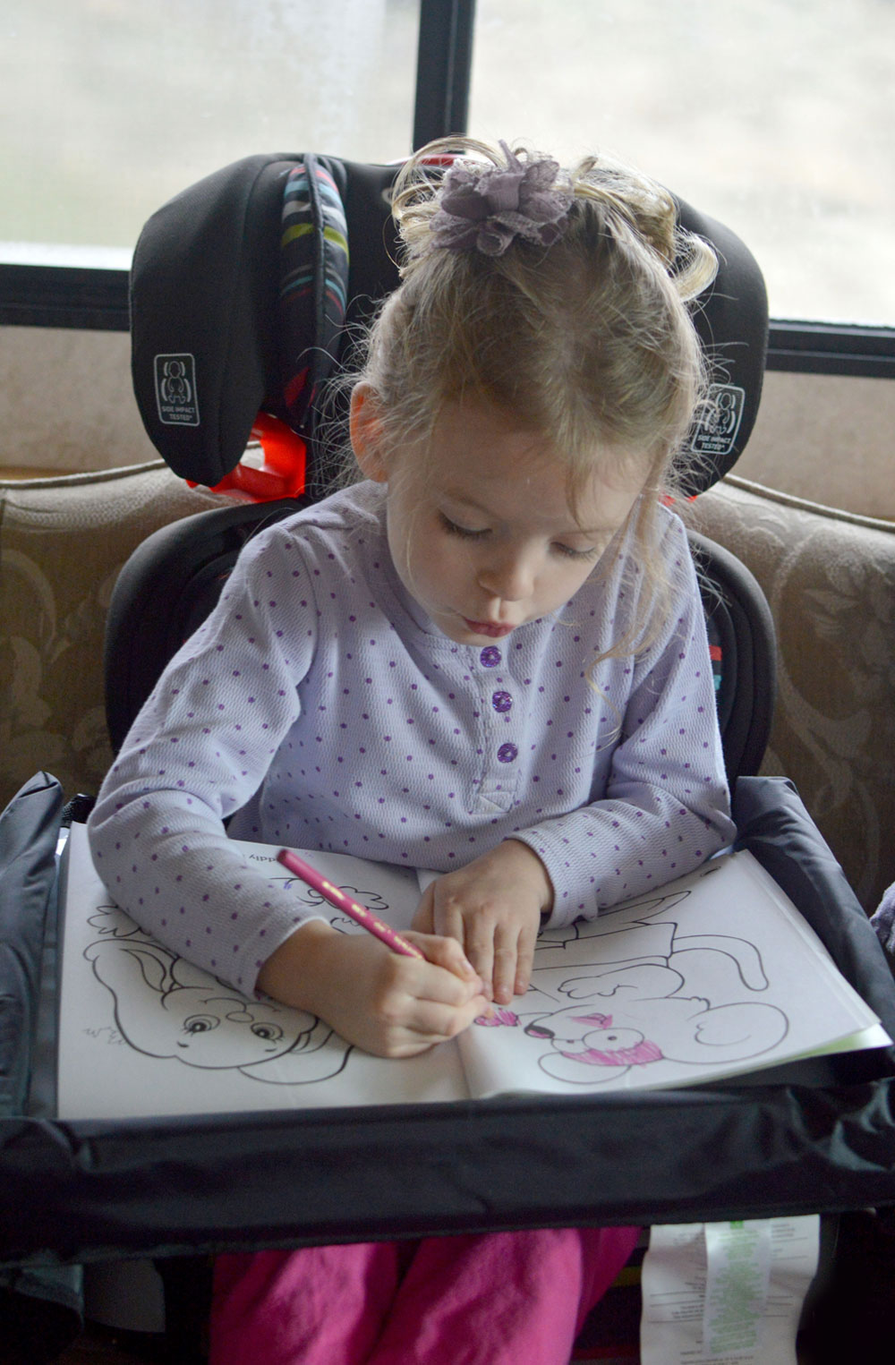 Star Kids Products Snack and Play Travel Tray review - Mommy Scene