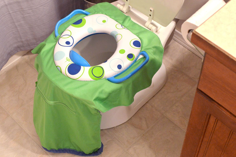 Pack 'n Potty for potty training on the go