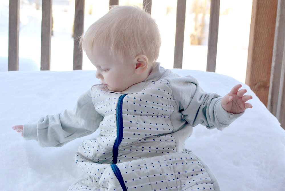 Ergo Pouch sleep suit for babies