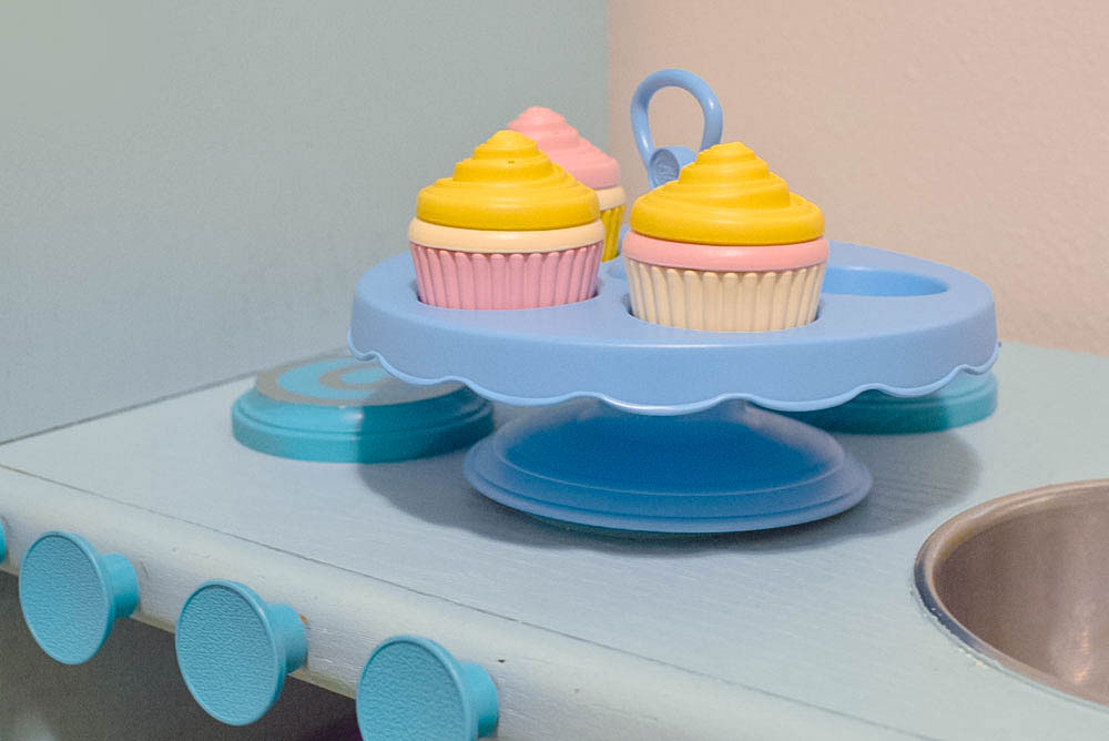 Green Toys cupcake play set - Mommy Scene