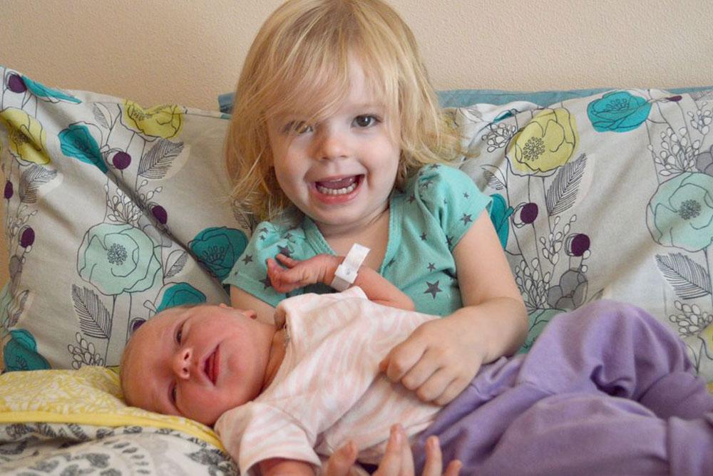 Little mommy meeting baby sister - Mommy Scene