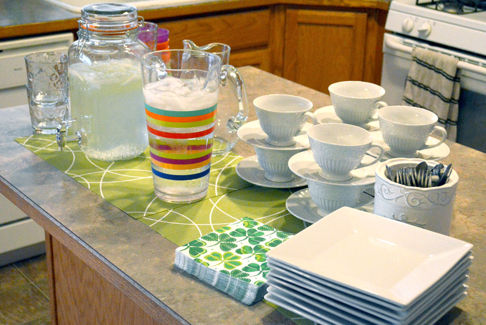 Kid's St. Patrick's Day Shamrock Party Ideas and Kids' Drinks - Mommy Scene