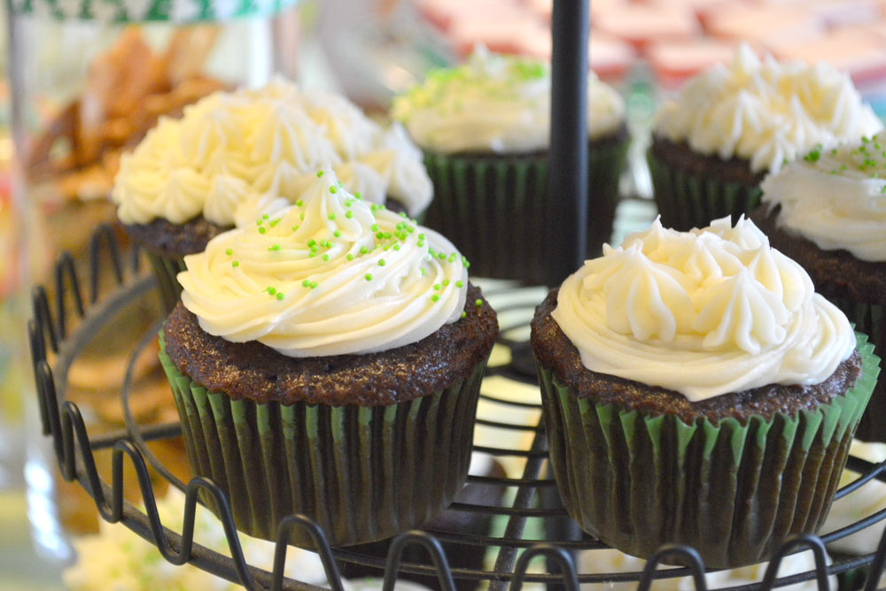 Kid's St. Patrick's Day Shamrock Party ideas, snacks, and cupcakes - Mommy Scene