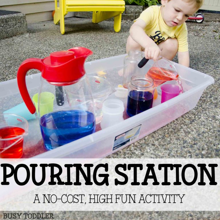 7 Water Activities For Toddlers - Mommy Scene - Pouring Station
