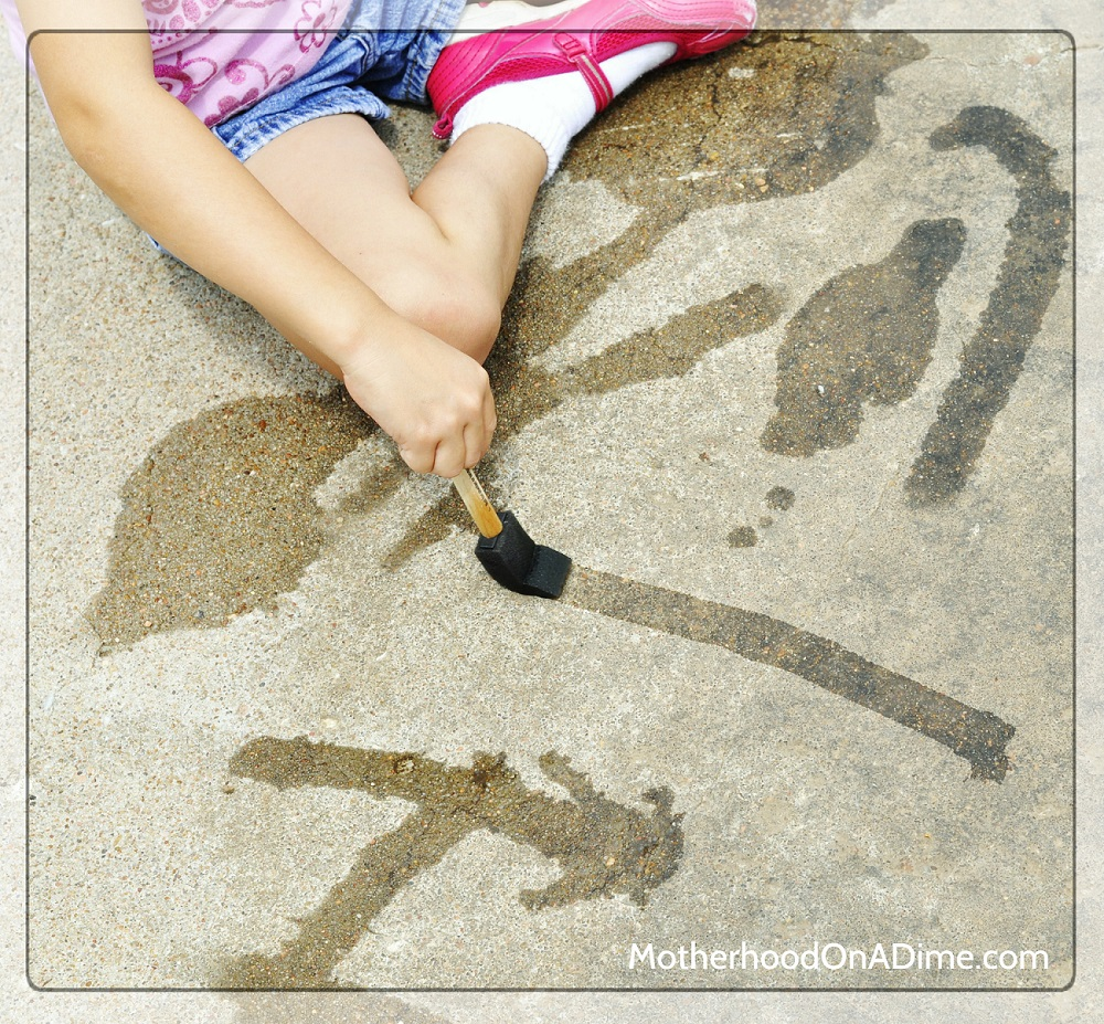 7 Water Play Activities For Toddlers - Mommy Scene - Water Painting, Painting With Water