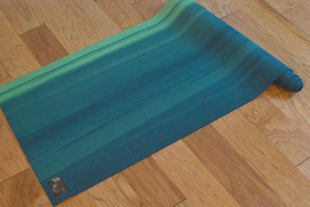 Aurorae printed yoga mat - Mommy Scene