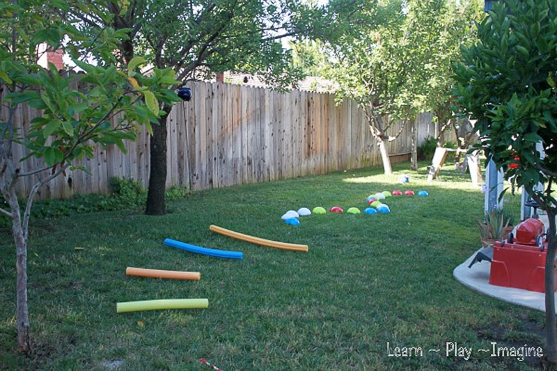 Backyard obstacle course - Mommy Scene