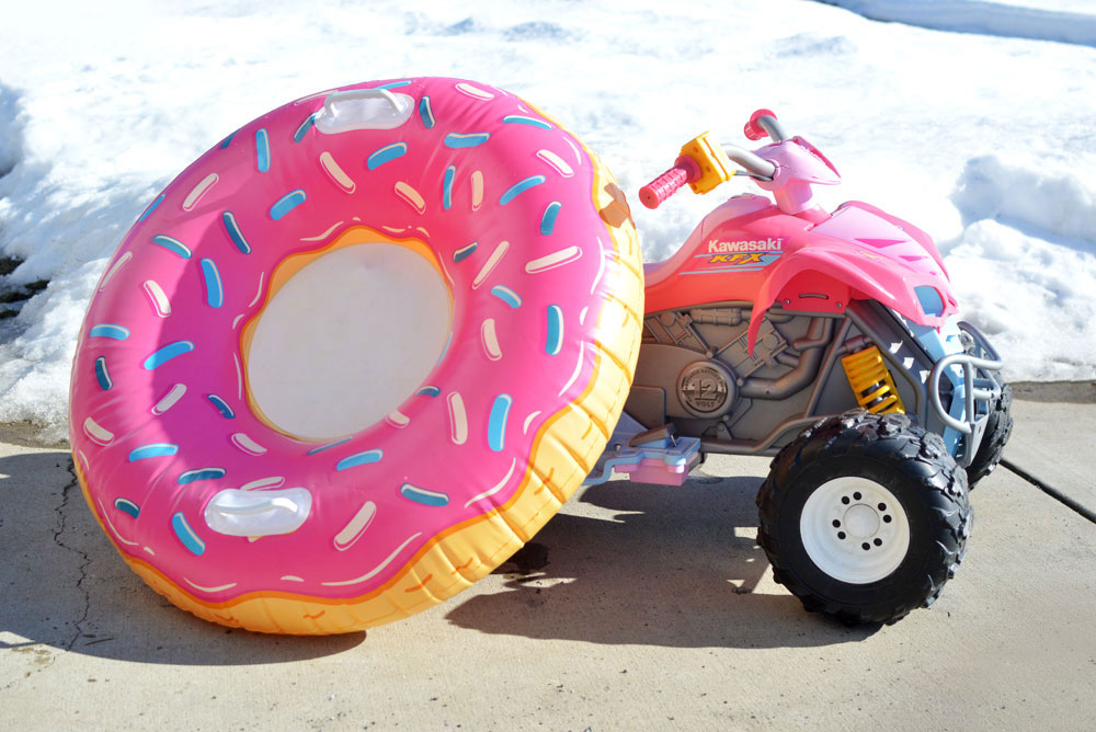 Big Mouth Doughnut snow tube for kids - Mommy Scene review
