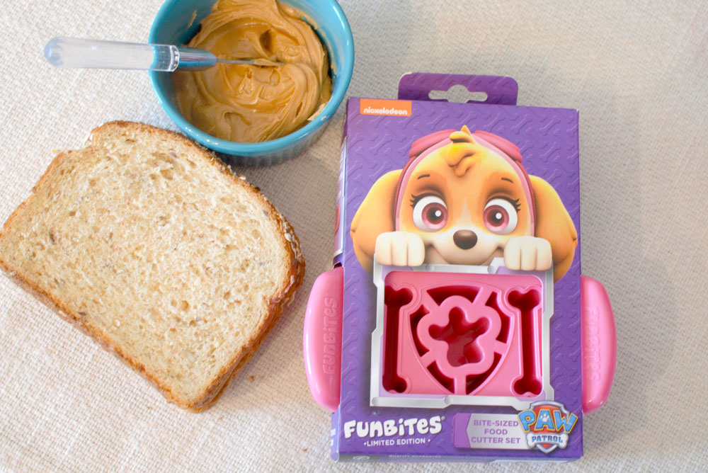 Funbites Paw Patrol food cutter - Mommy Scene review