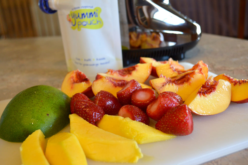 Easy Healthy Smoothies with peach and mango - Mommy Scene