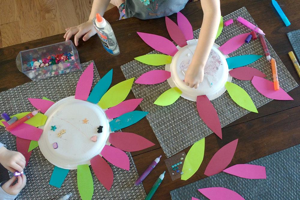 Easy Paper Flower Kids' Craft for Preschool - Mommy Scene