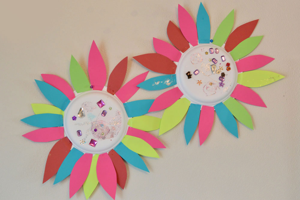 Paper Flower Kids' Craft - Mommy Scene