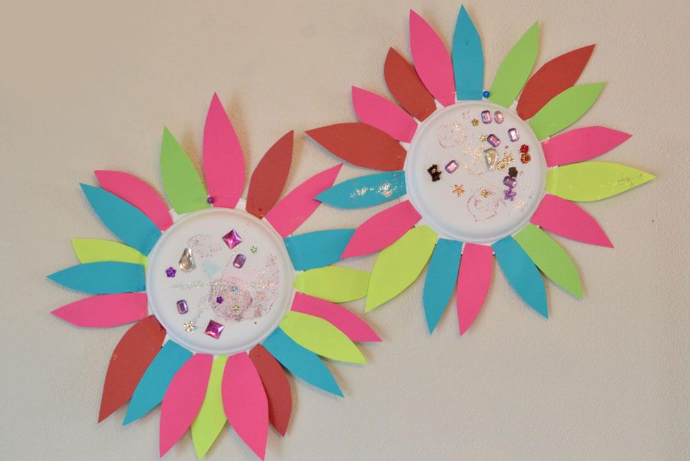 Paper Flower Kids' Craft - Mommy Scene