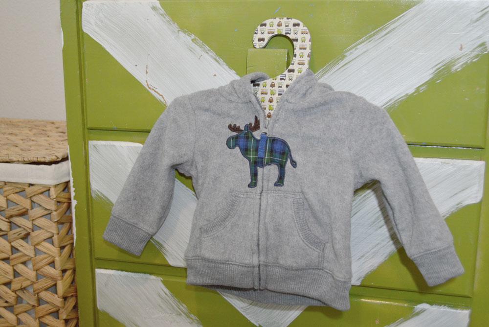 Little Dundi paperboard hangers review - Mommy Scene