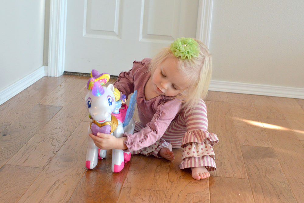 Cute little girl, Matilda Jane outfit, Vtech Twinkle the Magical Unicorn - Mommy Scene