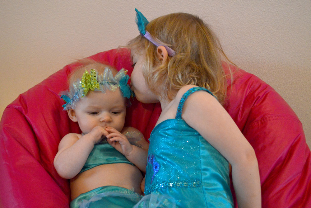 Little girls dressed up as mermaids - Mommy Scene