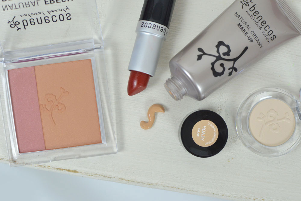 Mommy Fashion Basics and Benecos natural makeup review - Mommy Scene