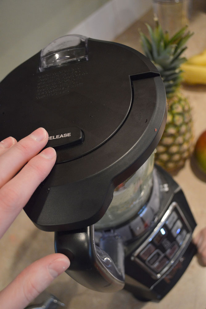Nutri Ninja Auto-iQ Compact System release button - Mommy Scene review