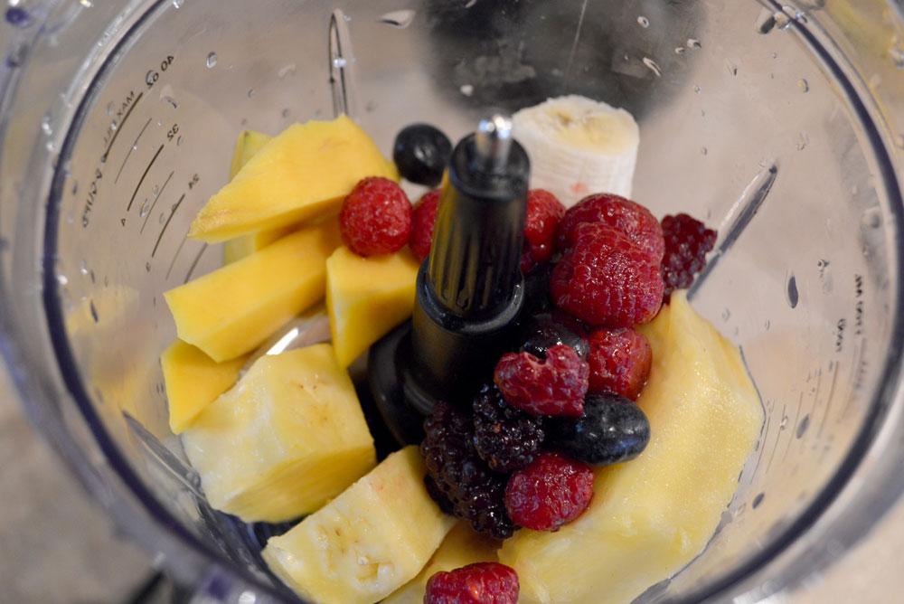 Nutri Ninja recipe Island Berry Smoothie - Mommy Scene review