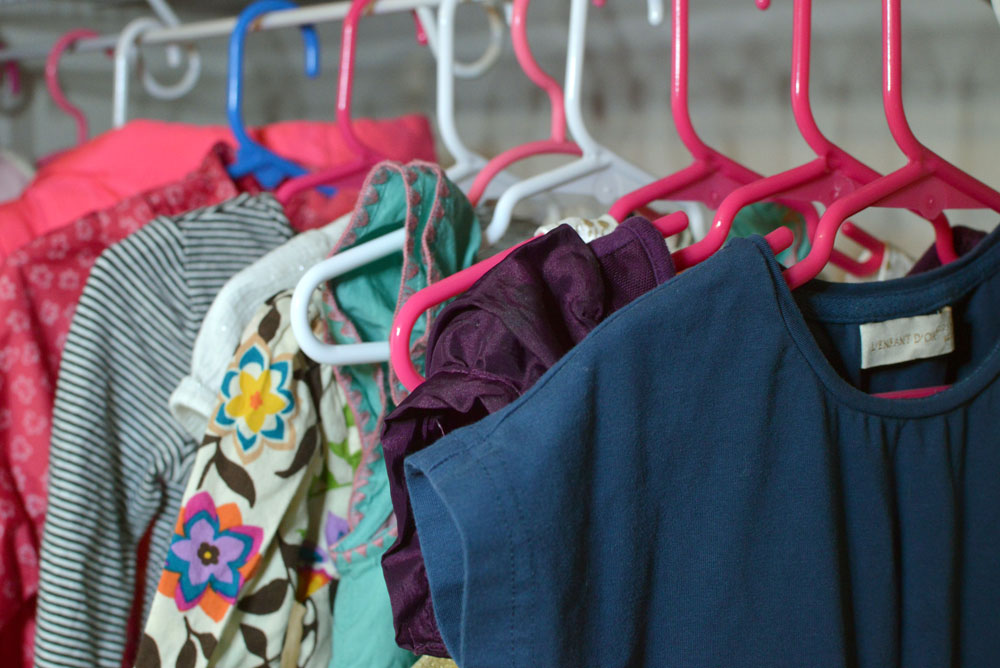 How to organize kids' clothes and changing sizes - Mommy Scene