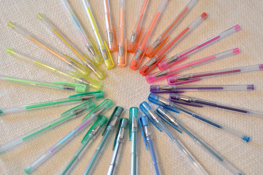 Reaeon set of 60 Colored Gel Pens - Mommy Scene