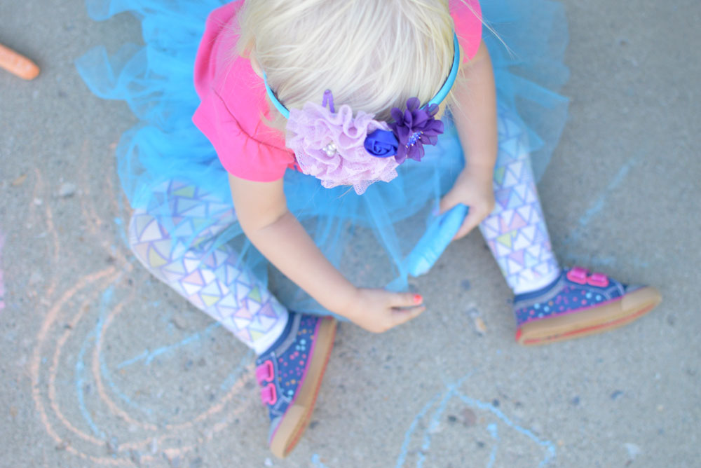 See Kai Run Shoes are perfect for everyday play - Mommy Scene review
