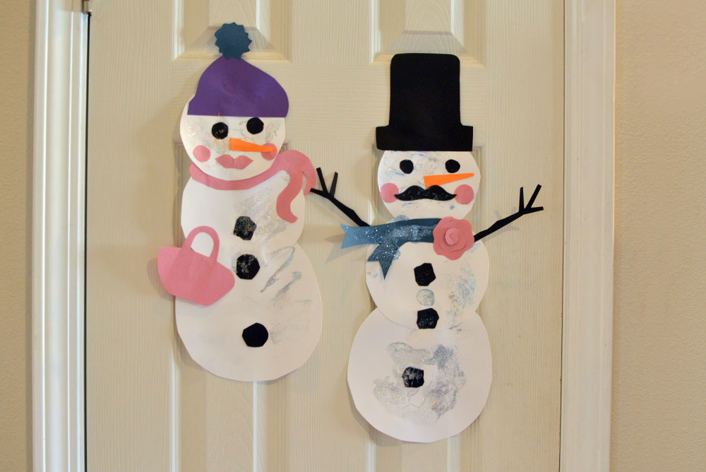 Snowman paper art kids craft - Mommy Scene