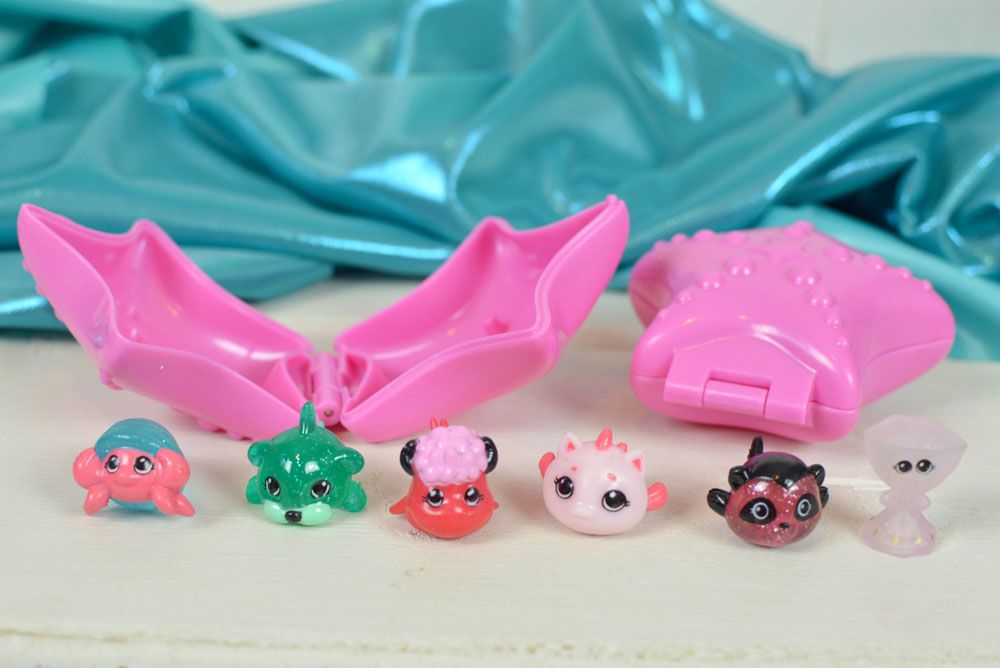 Splashlings collectable mermaid toy sets - Mommy Scene review
