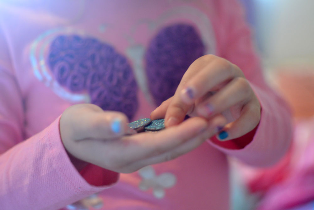 Glittery Tooth Fairy money and DIY fairy coins - Mommy Scene