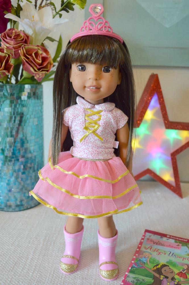 American Girl WellieWishers Doll Ashlyn - Mommy Scene review