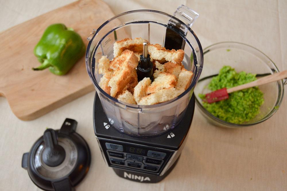 Homemade bread crumbs with the Nutri Ninja Nutri Bowl - Mommy Scene