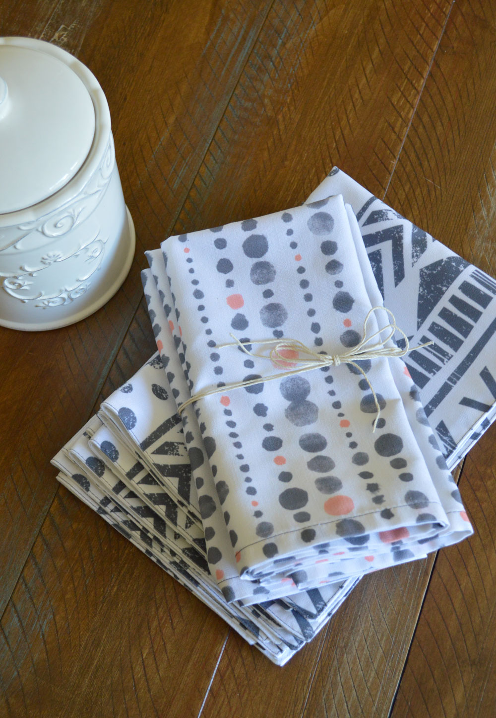 Beautiful Wolf & Irving placemats and napkins made in the USA