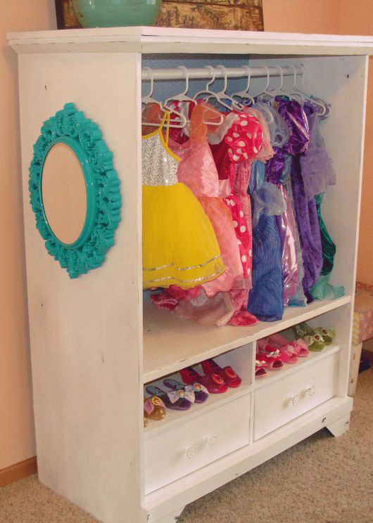 DIY Dress Up Outfits & Accessories Storage Closet