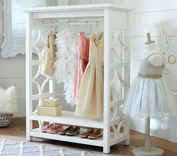 Cute DIY Dress Up Storage Closet