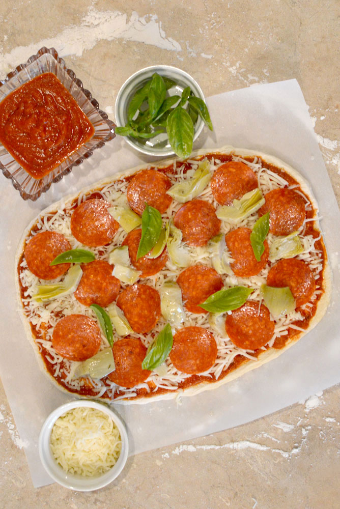 Easy homemade gourmet pizza - Mommy Scene