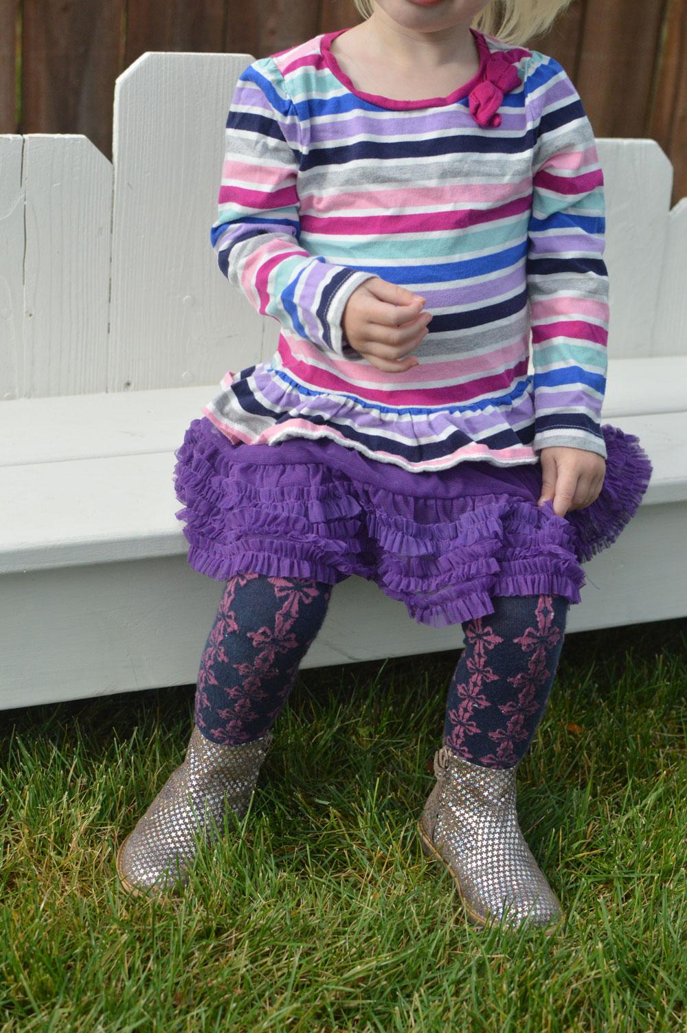 Gorgeous Pauline Topo Star Suede girls boots by Manuela de Juan - Mommy Scene