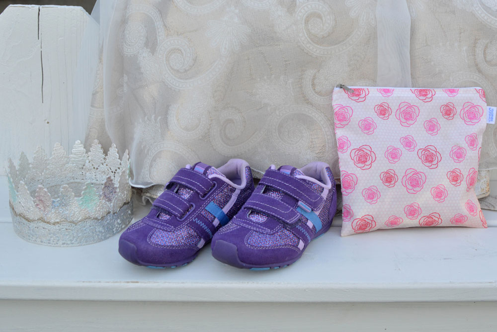 Pediped sparkle shoes are perfect to wear with a dress or casual outfit - Mommy Scene
