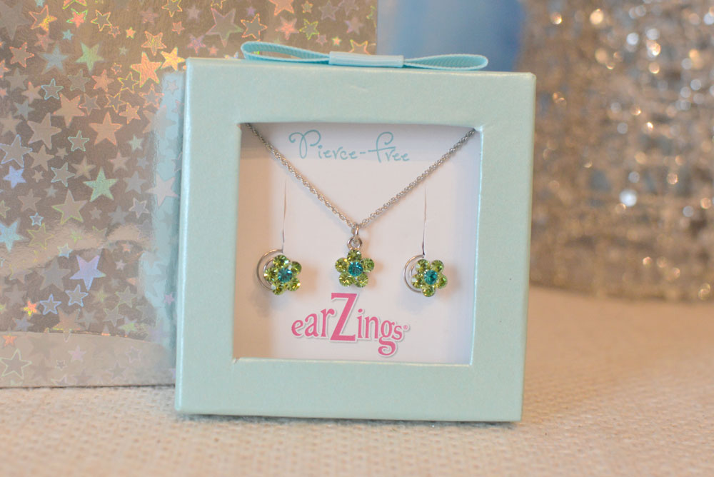 Earzings Pierce Free Earring Gift Sets - Mommy Scene review