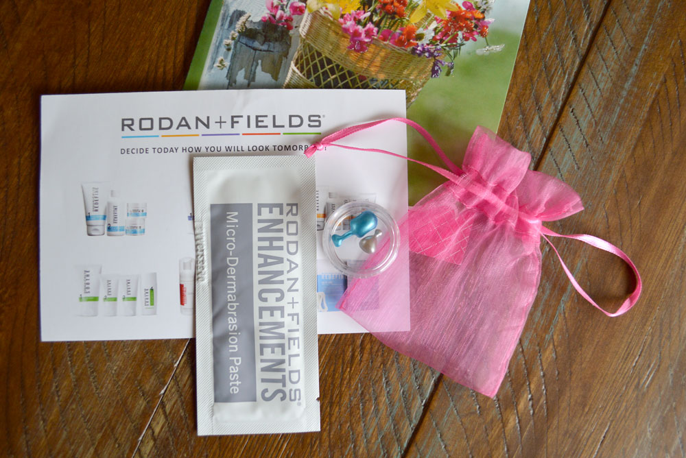 Rodan and Fields mini facial kit - Mommy Scene