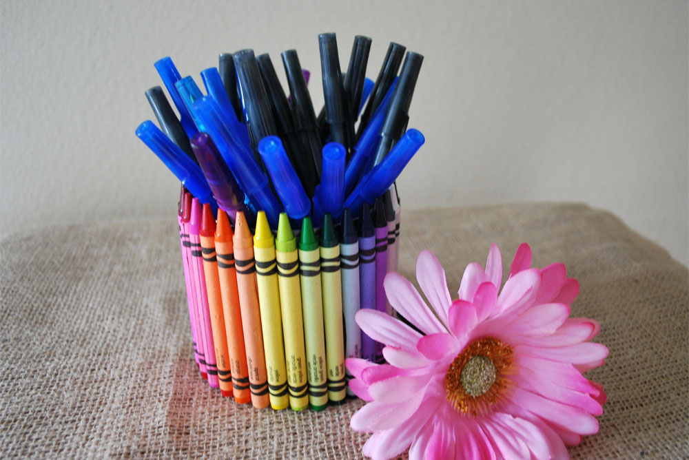 Colorful Crayon Pencil Cup - Mommy Scene