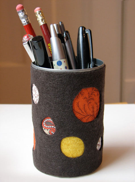 Felt Cut-Out Pencil Cup - Mommy Scene