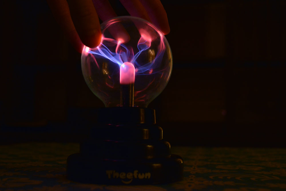 Magic Plasma Ball Father's Day Gift Idea - Mommy Scene
