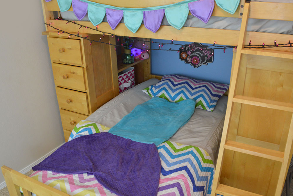 Kids bunk beds and The Shrunks inflatable travel bed rail - Mommy Scene