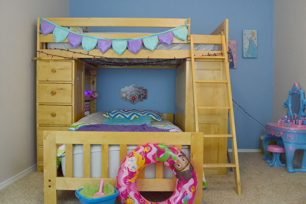 Cute Mermaid Kids Room Design with Bunk Beds - Mommy Scene